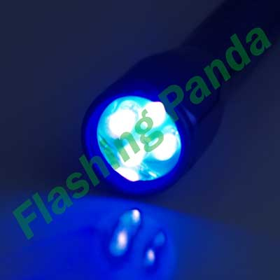 4 LED 395 nM UV (Ultraviolet) 3 x AA-Cell Aluminum Flashlight
